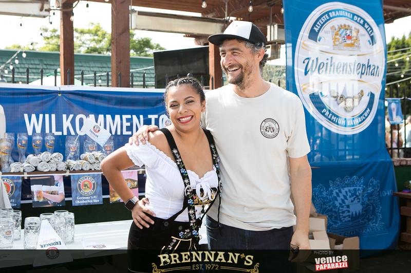 BrennansLA.com.  Photo by VenicePaparazzi.com