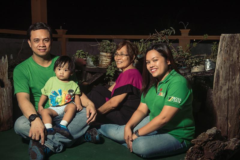 Velardes Family Portrait-11.jpg
