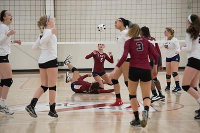 11/15/17: Varsity Volleyball v Loomis Chaffee