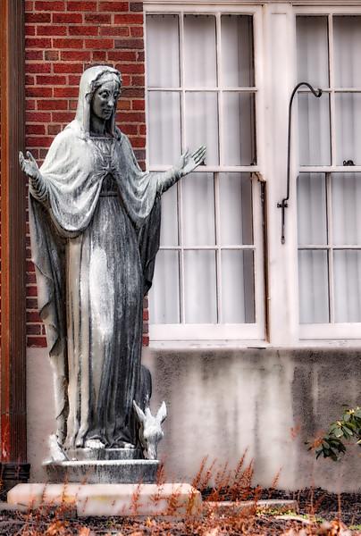 St Anne Statue.jpg