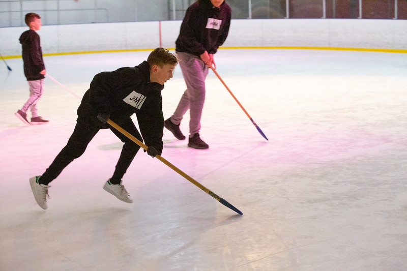 BroomBallJan2020ValleyStudents-40.jpg