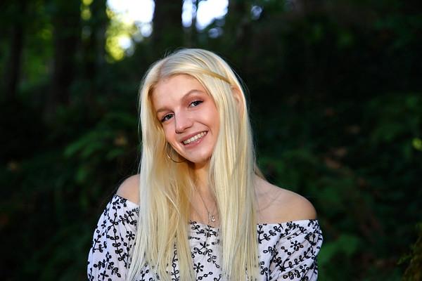Hannah S. Senior Photo's 2021