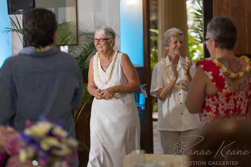 140__Hawaii_Destination_Wedding_Photographer_Ranae_Keane_www.EmotionGalleries.com__141018.jpg