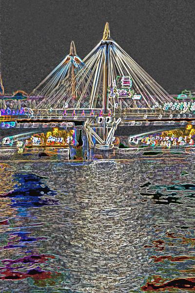 Thames at Night~3981-2ge.
