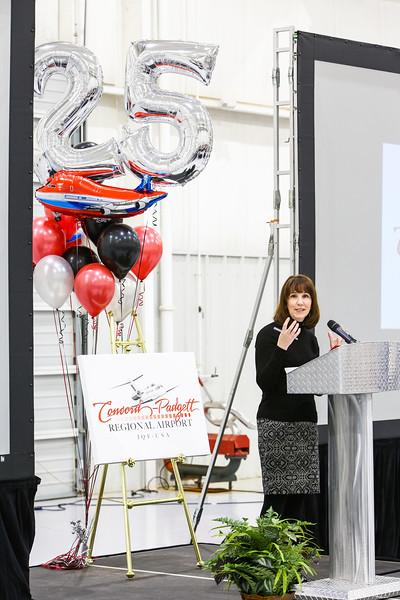 Keynote Speaker Julie White