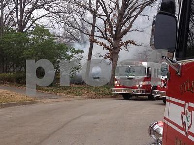 neighbors-save-elderly-couple-in-house-fire