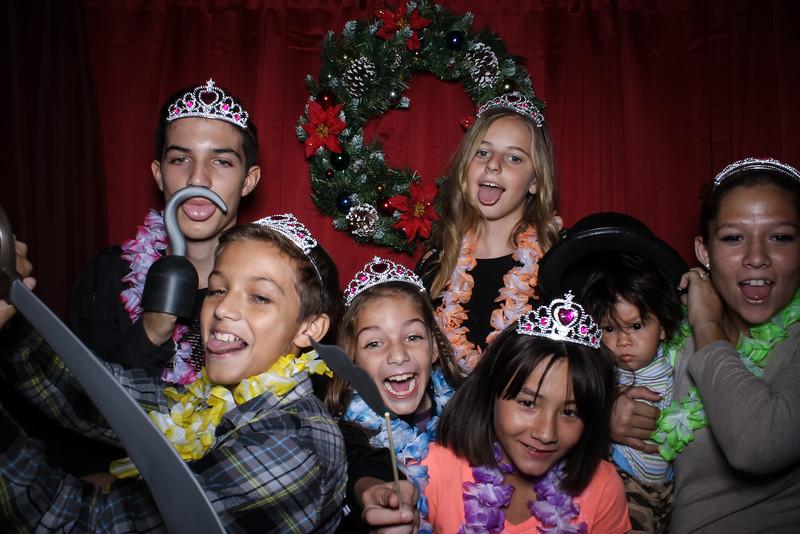 Good Shepard Lutheran School Christmas Boutique 2014-122.jpg