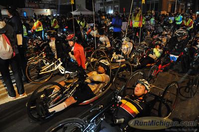 Start, Gallery 3 - 2013 Detroit Free Press Marathon