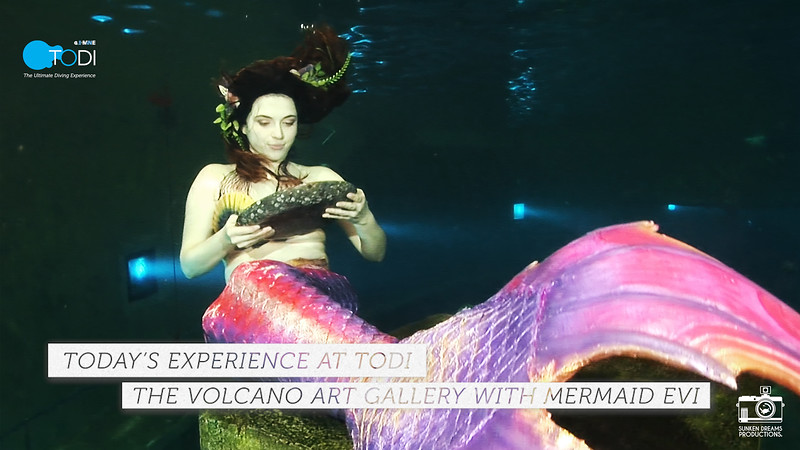 The Volcano Art Gallery with Mermaid Evi - Feature Length - Dutch Version