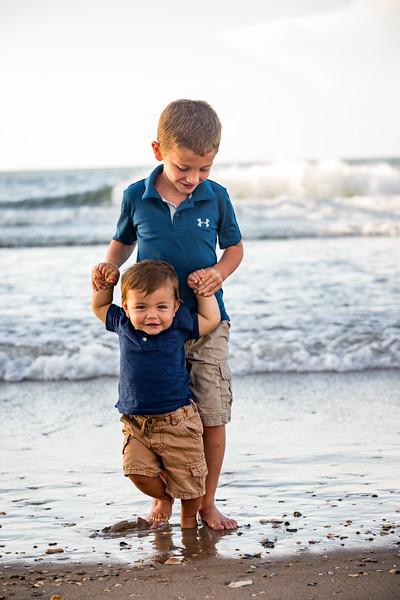 Family beach photos-146.jpg