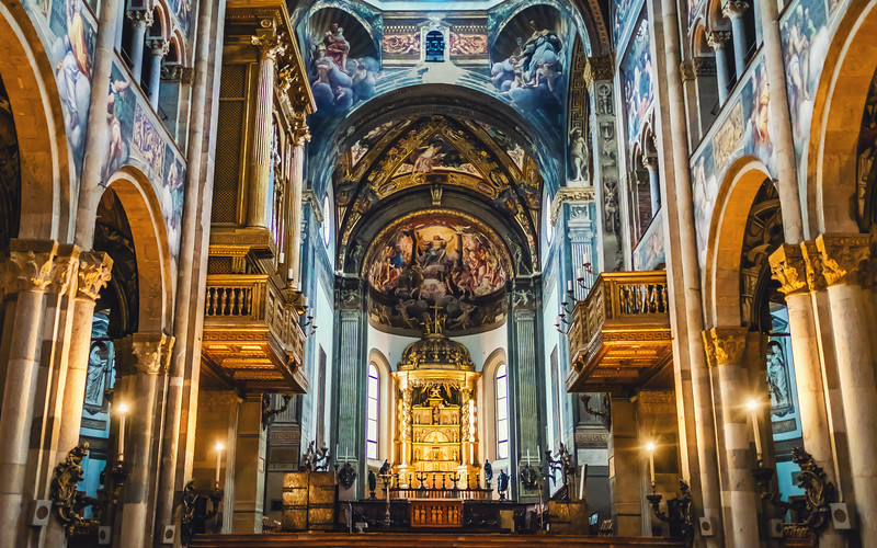 cathedral-italy.jpg