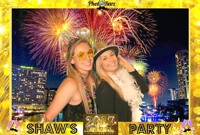 Shaws NYDay Party (51).jpg