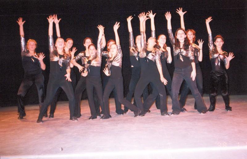 Dance_2295_a.jpg