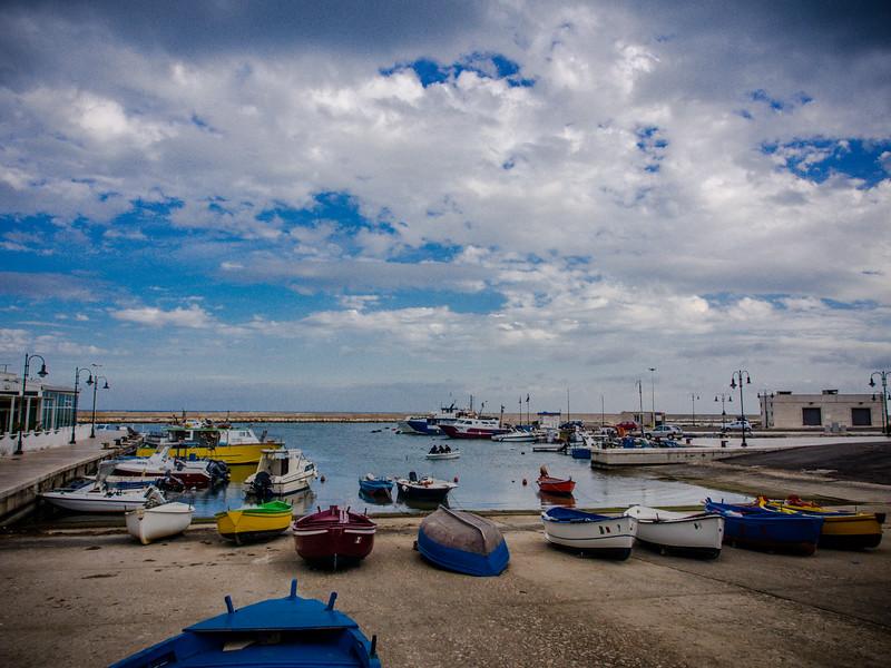savelletri harbour 2.jpg