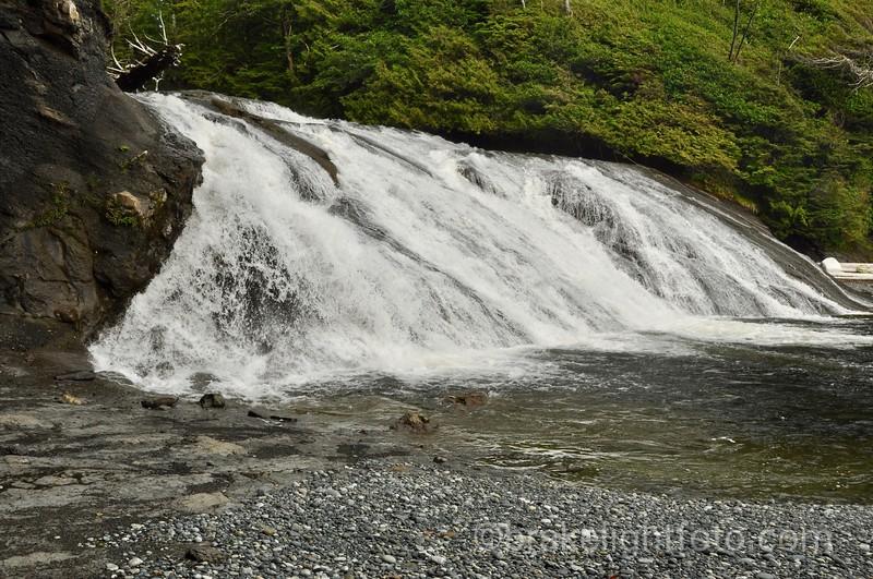 Calvin Falls, Nootka Island