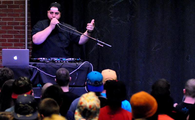 DJ (4).JPG