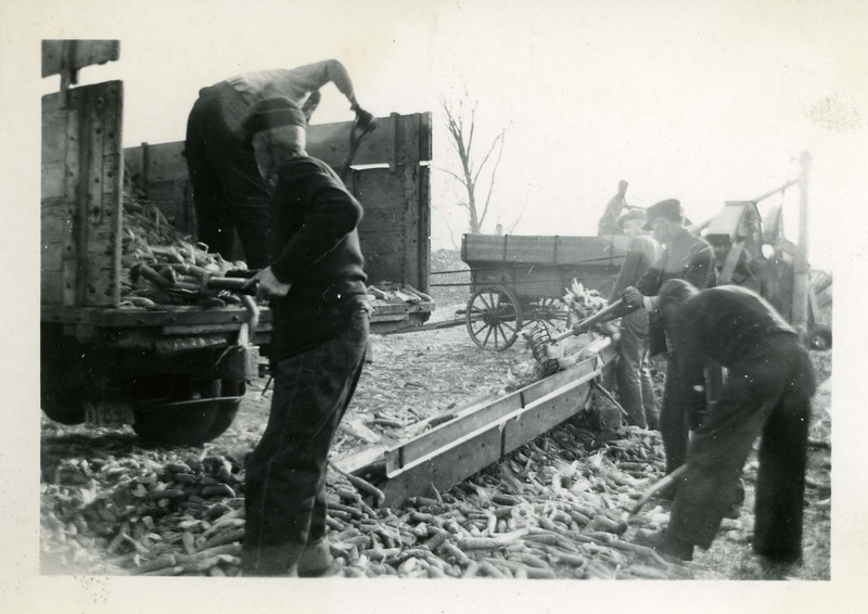 J195.  Shelling - 1937.jpg