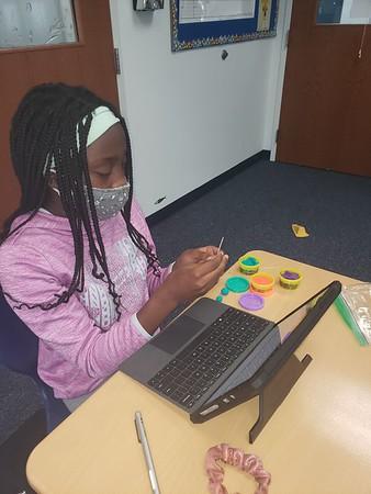 Making Molecular Models in Fifth Grade Science