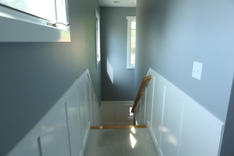 071_Hallway1.jpg