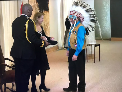 Edmund Metatawabin joins Order of Canada
