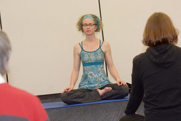 030415 NL Yoga