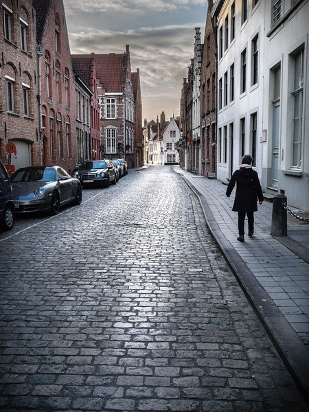 Alexis walking in bruges.jpg