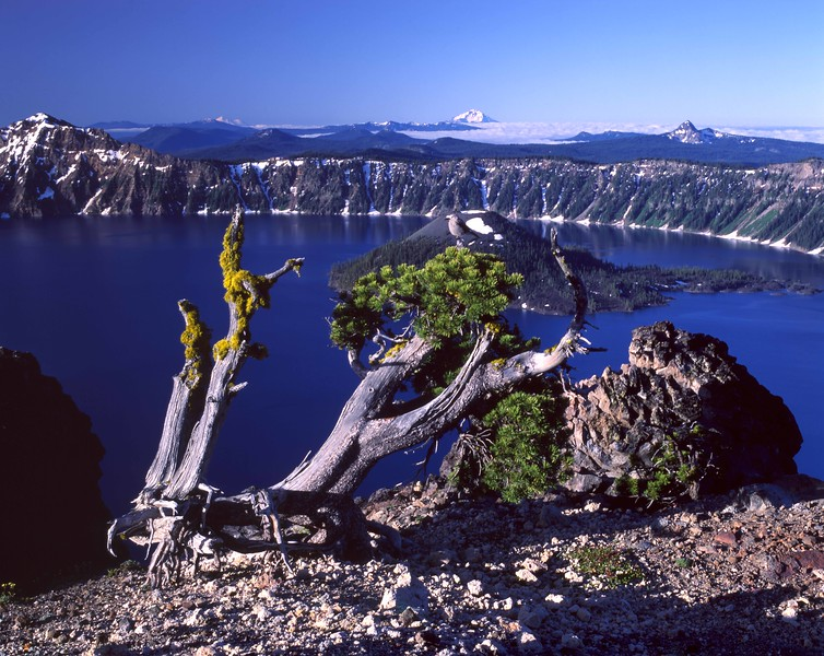 Crater Lake from Llao Rock sf.jpg