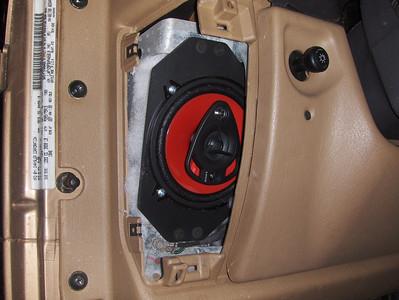 1999 Jeep Wrangler SE Front Speaker Installation