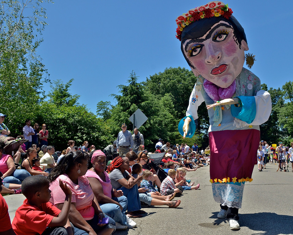 . Jeff Forman/JForman@News-Herald.com Big heads from the Beck Center for the Arts at the Cleveland Museum of Art 25th annual Parade the Circle June 14 in University Circle.