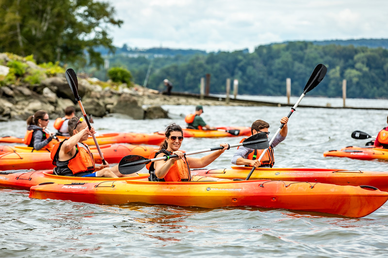 19_Faculty-Orientation-Kayaking-61.jpg