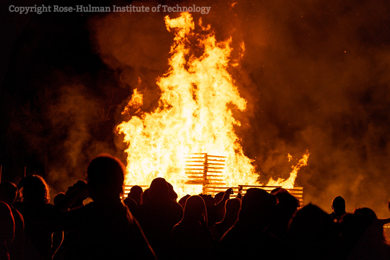 RHIT_Homecoming_2019_Bonfire-7553.jpg