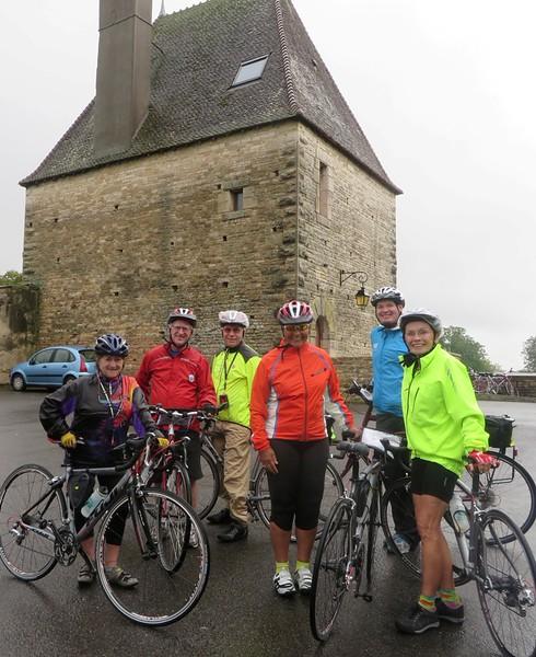 IMG_0938e-Sennecey-le-Grand-tough-riders-in-rain-s.JPG