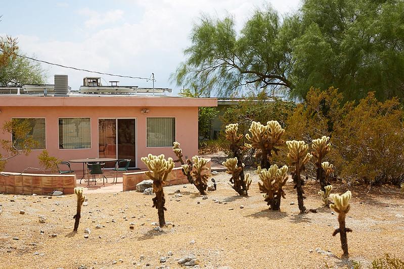 DesertHouse55.jpg