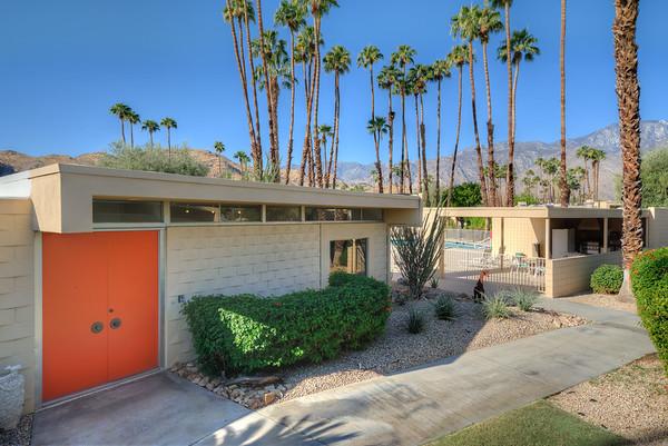 276 Desert Lakes Dr - Palm Springs, CA