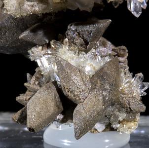 QuartzOnCalcite
