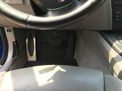 052916 - M dead pedal