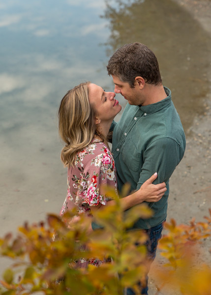 Coble.Howard.EngagementPhotos-156.jpg