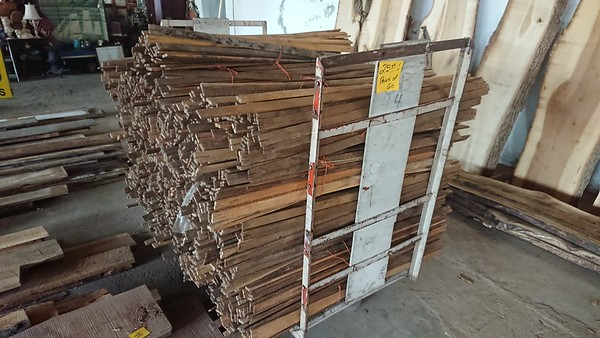LUMBER BOOTH