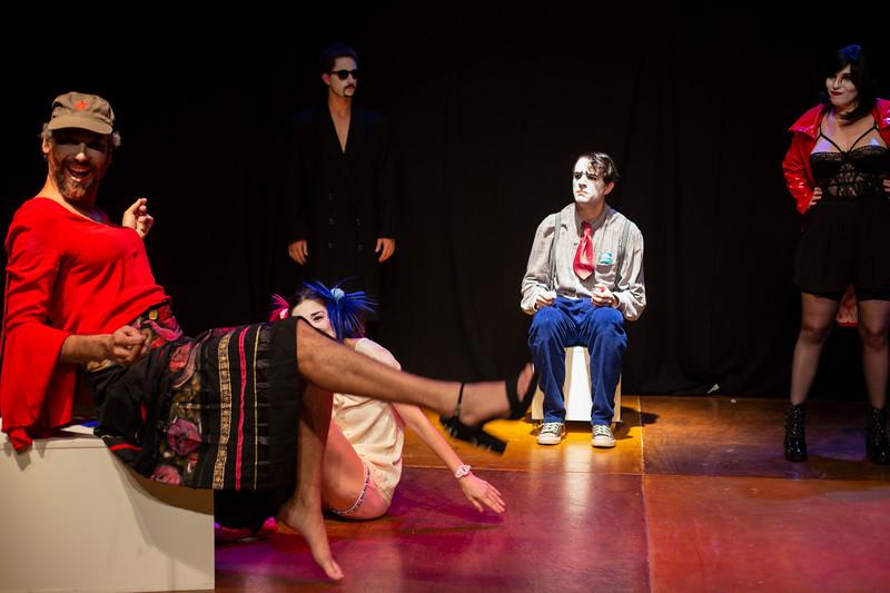 Allan Bravos - essenCIA Teatro - Persona 07-106.jpg