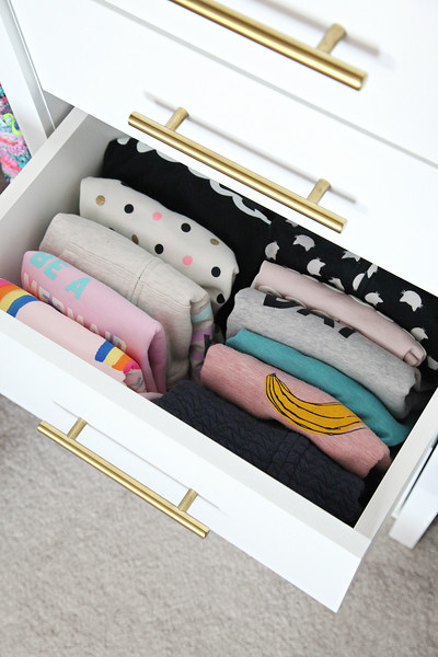 Organized Girl's Bedroom Closet
