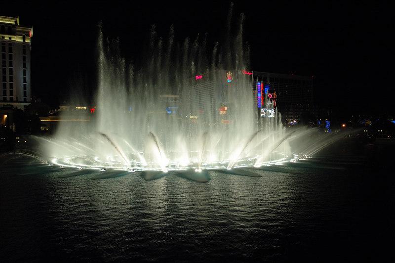 Fountain27.JPG