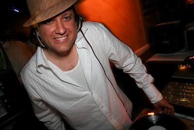 2006-08-12 [Luxurious White Party, Palominos, Fresno, CA]