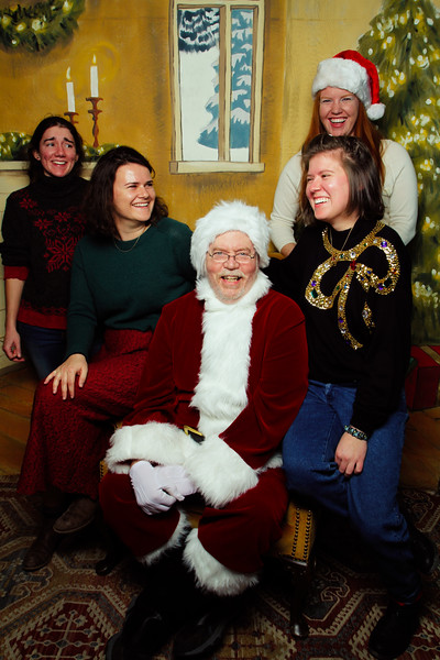 Pictures with Santa Earthbound 12.2.2017-166.jpg