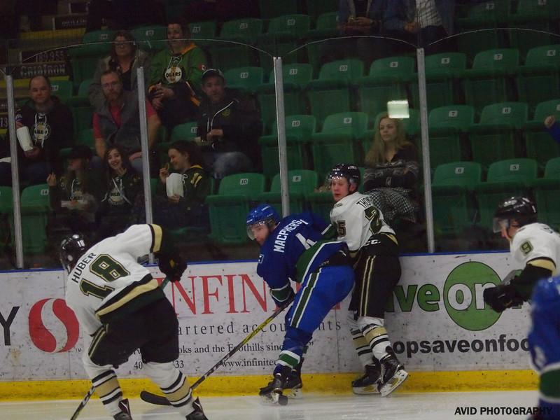 Okotoks Oilers VS Calgary Canucks AHJL (106).jpg