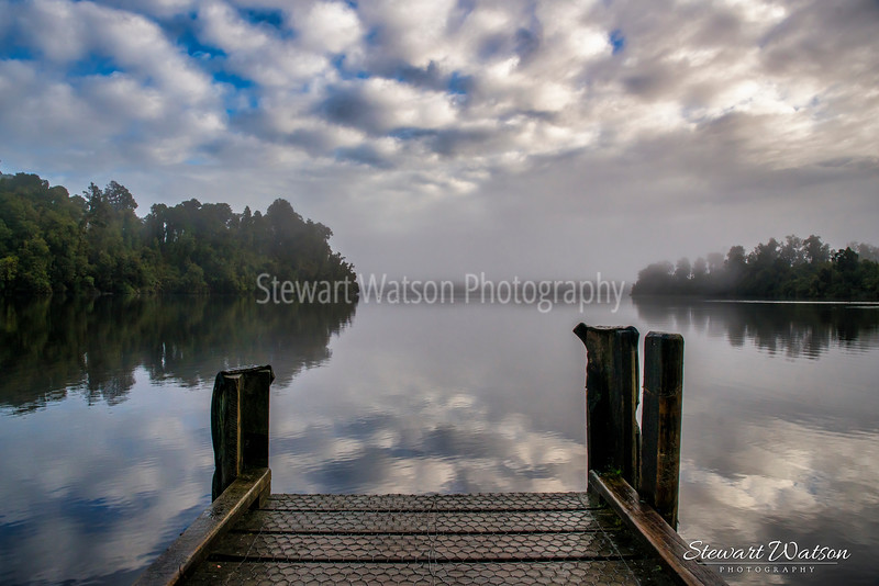 Lake Mapourika jetty in the early morning mist