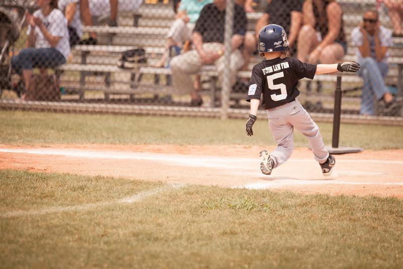 Younger Baseball-103.jpg