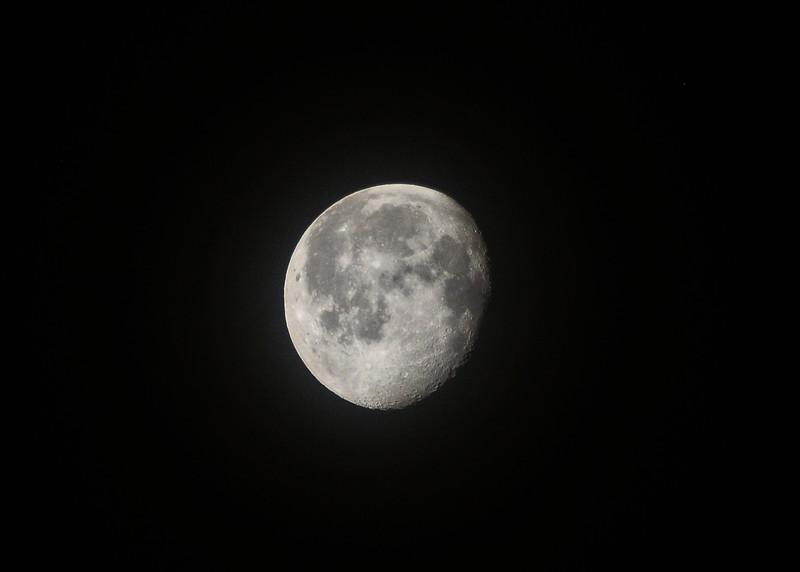 NEA_7071-7x5-Moon.jpg
