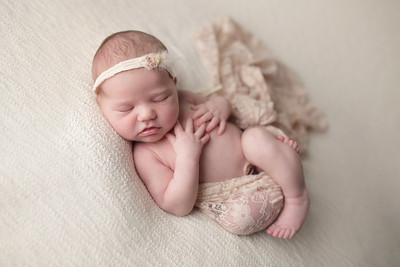 mia louise newborn