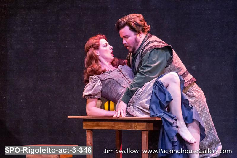 SPO-Rigoletto-act-3-346.jpg