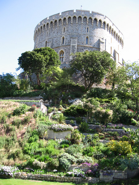 jThe Round Tower at Windsor Castle.